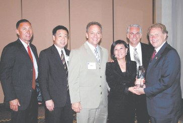 Superior Grocers Wins Unified's Grocery Visionary Award