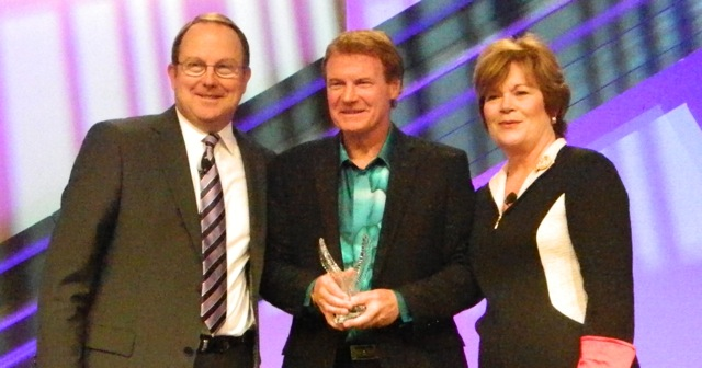 FMI Presents Awards at Midwinter Executive Conference