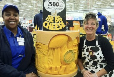 Meijer Celebrates Super Bowl With Wisconsin Cheese Carving
