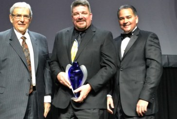 Modesto Store Manager Luke Houston Receives Save Mart's Tocco Award