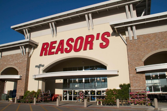 Reasor's store front