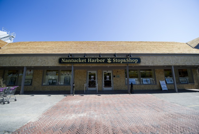 Nantucket Harbor Stop & Shop