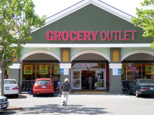 Berkeley outlet mall locations. List of nearby factory outlet malls and outlet shopping centers close to Berkeley. The city Berkeley is located in CA. Please choose an outlet mall from the list below to list all outlet stores and information about them.