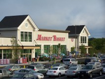 Nearly 1K Rally To Support Deposed Market Basket President