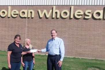 Shelby Gives $1K To Local United Way Through Olean Wholesale
