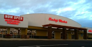 Lucky's Market in Columbia