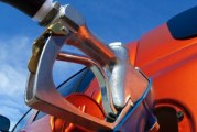 Driving Habits Stable Despite Turbulent Stock Market, Rising Gas Prices