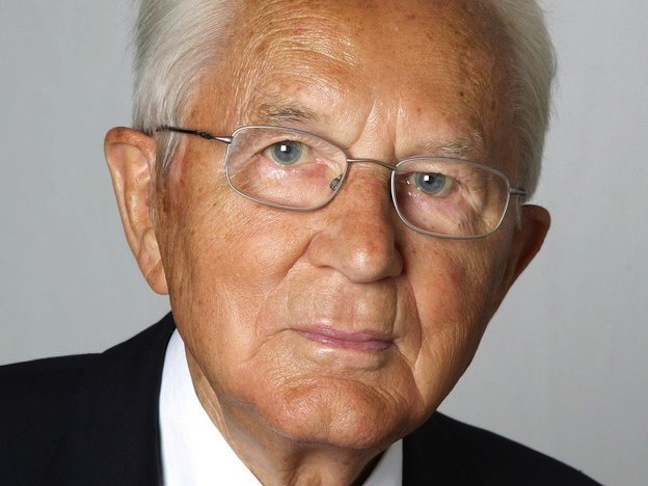 http://www.theshelbyreport.com/2014/07/22/aldi-founder-karl-albrecht-died-july-16/