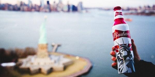 Budweiser Celebrates Summer Packaging