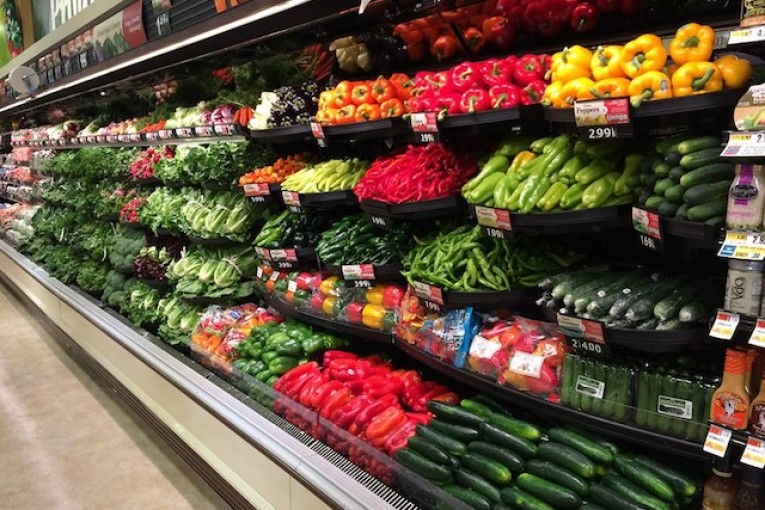 supermarket veggies