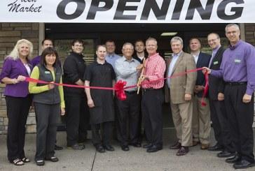 Dick's Fresh Market Celebrates New Store Opening In Menomonie, Wisconsin