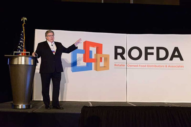 David Smith, leader of Associated Wholesale Grocers—the newest member of ROFDA—addresses conference attendees.