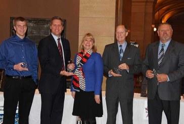Minnesota Grocers Association Hosts First Bipartisan Bag-Off