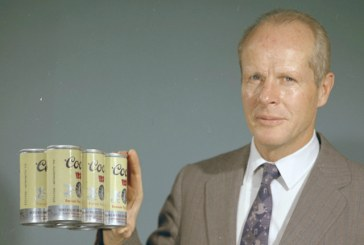 William Coors Receives Beer Industry Service Award