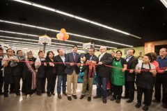 Bashas' Unveils Newly Remodeled Navajo Nation Grocery Store
