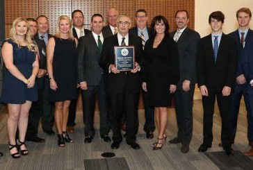 Lowe's Market Named 2017 Texas Large Family Business Of The Year