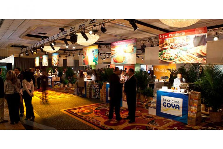The show floor at the 2017 Goya Trade Show