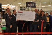 Giant Opens New Willow Valley Store, Makes Large Donation