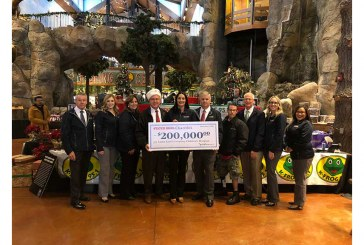 Stater Bros. Celebrates Holiday Season With $856K In Donations