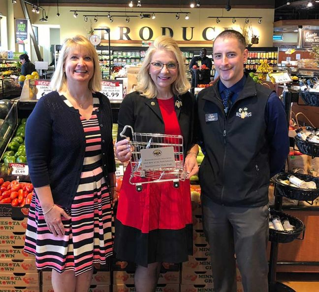 Pfuhl; Minnesota House Rep. Cindy Pugh (R-Chanhassen); Kowalski's Excelsior Market store manager Nathan Thomas.